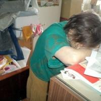 Кто поможет Галине Дмитриевне закончить ремонт?...